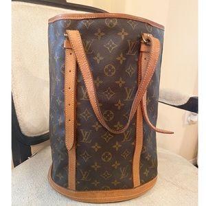 🔥🔥Louis Vuitton Bucket GM🔥🔥